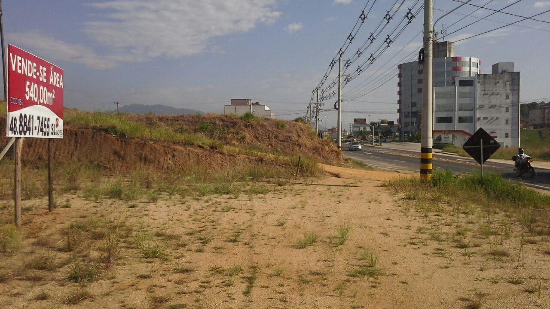 Área próxima ao trevo de Braço do Norte