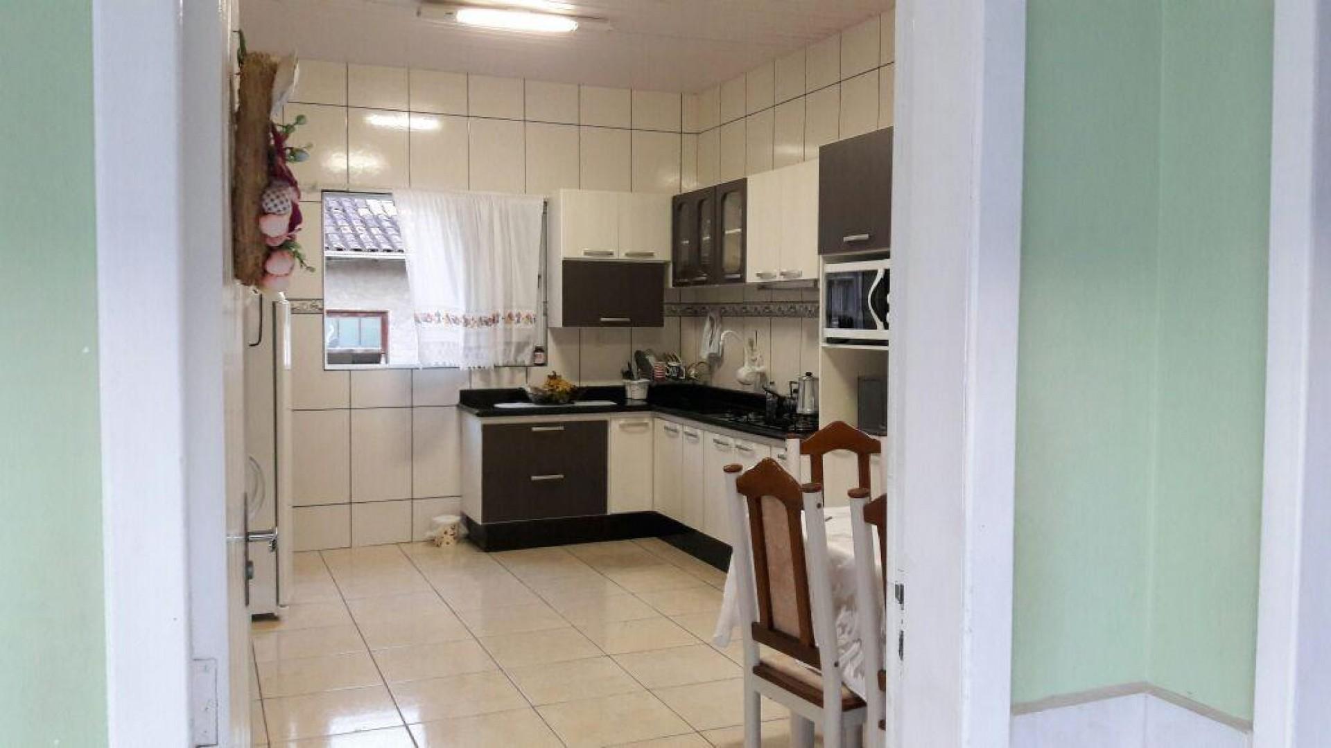 Duas casas em São Ludgero