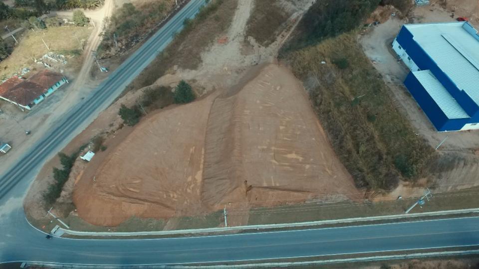 Terreno comercial e/ou industrial - Foto 4
