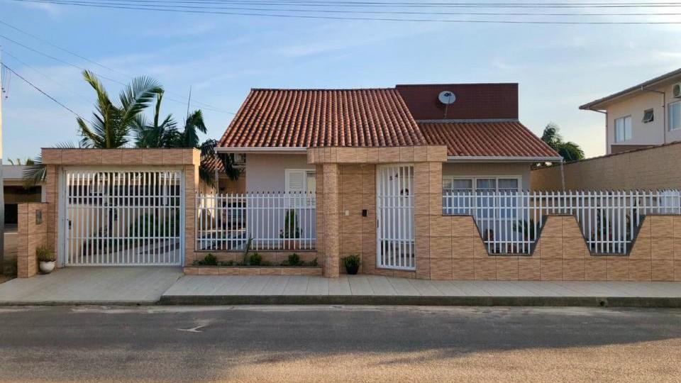 Casa de alvenaria Bairro Parque das Acácias