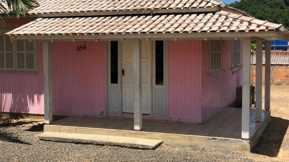 Casa de madeira Encosta do sol - VENDIDO - Foto 1